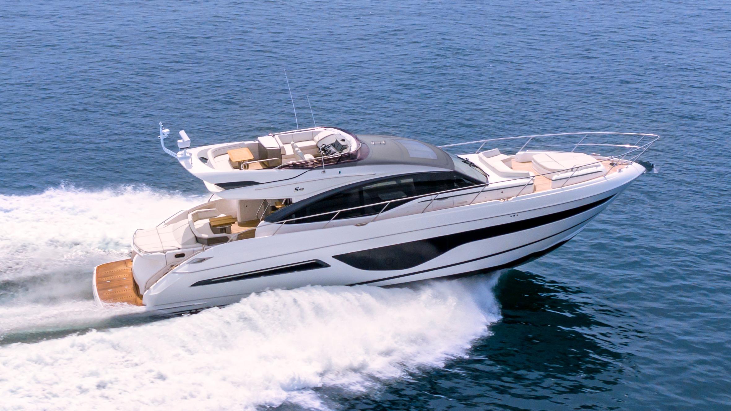 s66-exterior-white-hull-01