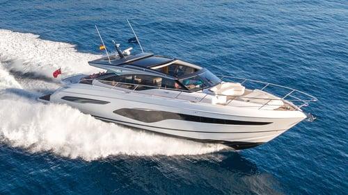 v65-exterior-white-hull-1