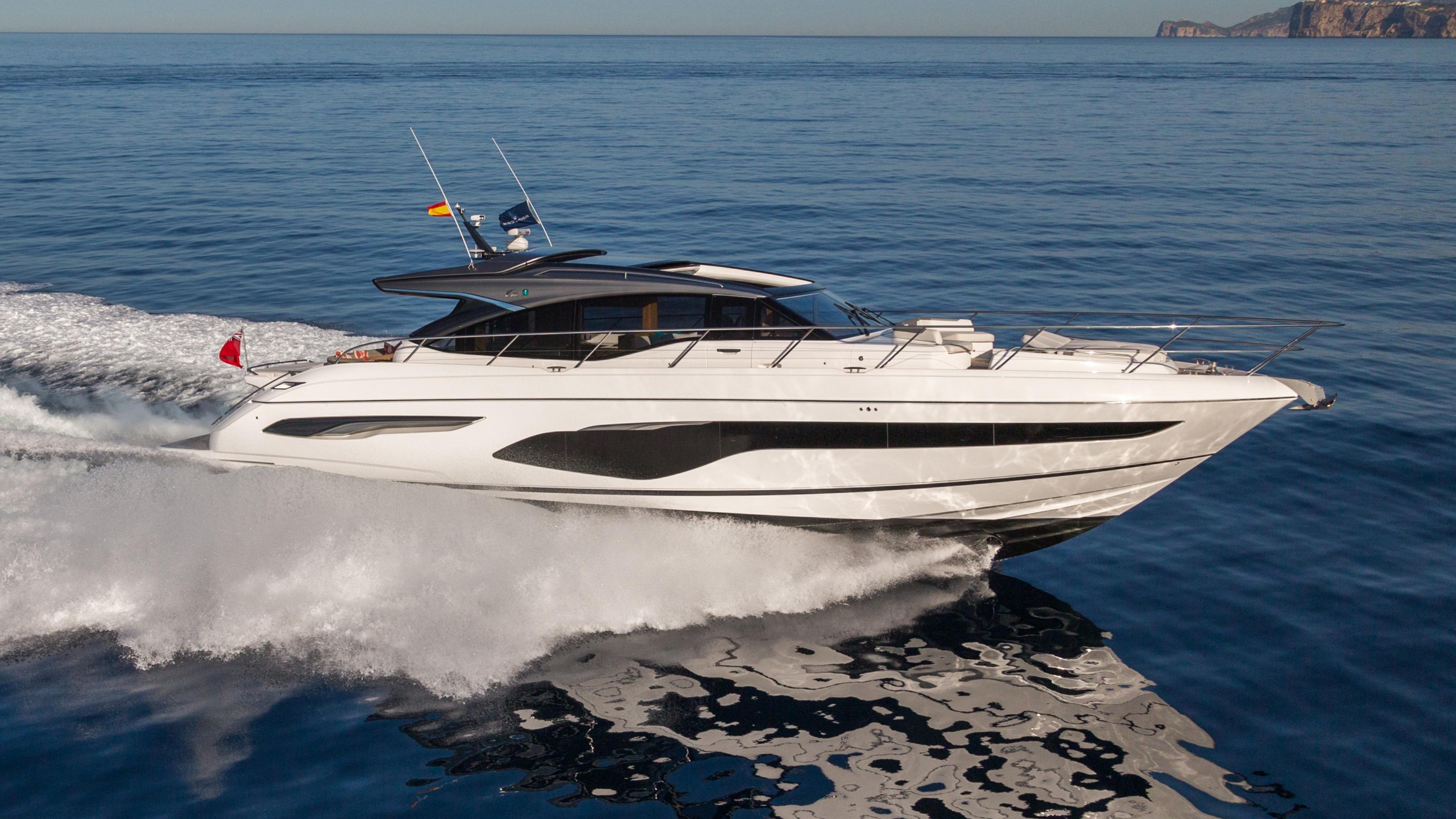 v65-exterior-white-hull-14-1