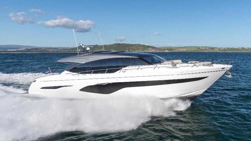 v78-exterior-white-hull-05-1